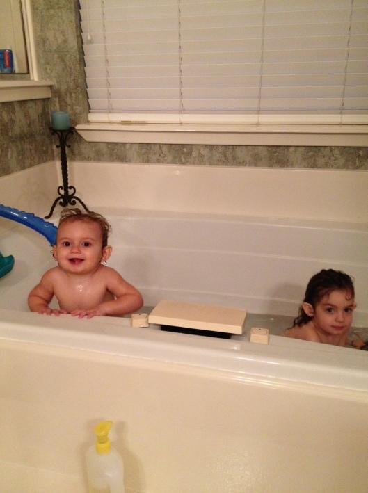 girlsbathing